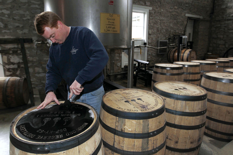 图为美国肯塔基州的一家波本威士忌工厂图片来源:视觉中国
