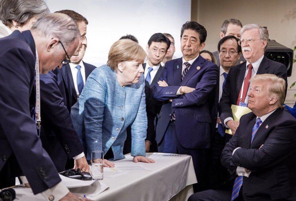"""""""六大门派围攻光明顶"""" 这张照片绝了!"""