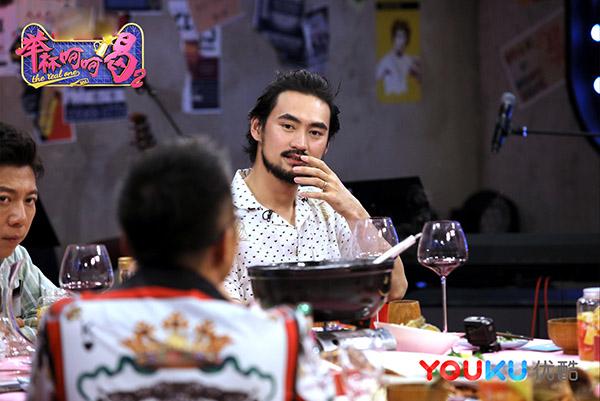 《举杯呵呵喝2》李诞回应不和传闻 袁弘谈感情历程