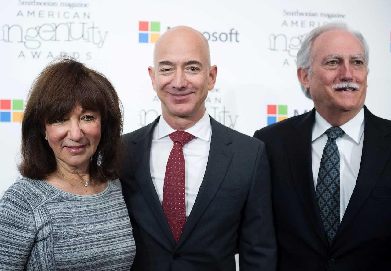 软银投资阿里不算啥 贝佐斯父母投亚马逊回报达12万倍