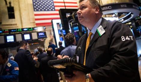 美股小幅低开 阿里巴巴大涨近4%
