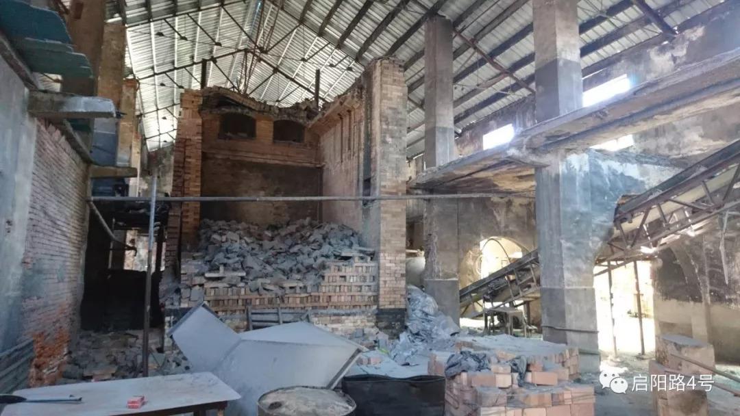 被拆掉的炉子,曾包揽上海药厂、化学品厂的玻璃瓶供应