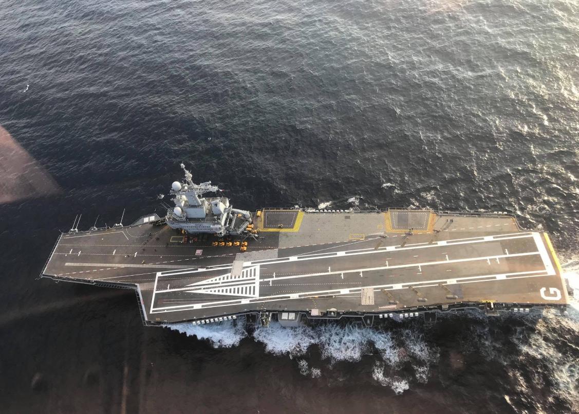 法国外交可能要强硬:他们唯一的航母终于修好了