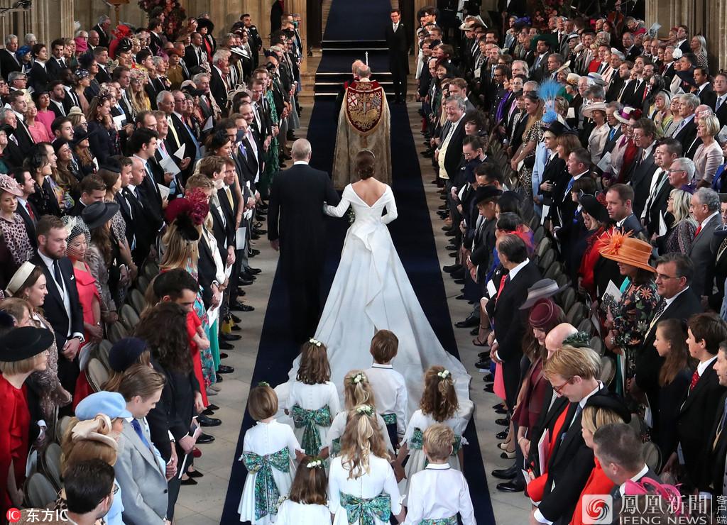 英皇室婚礼:花童摔倒伴娘走光(图),龙腾四海指标