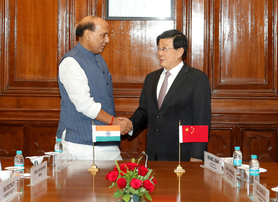中印首次执法安全高级别会晤 赵克志与辛格主持