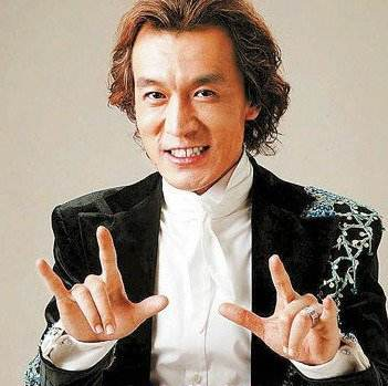 李咏因病在美国去世 葬礼在纽约某殡仪馆举行