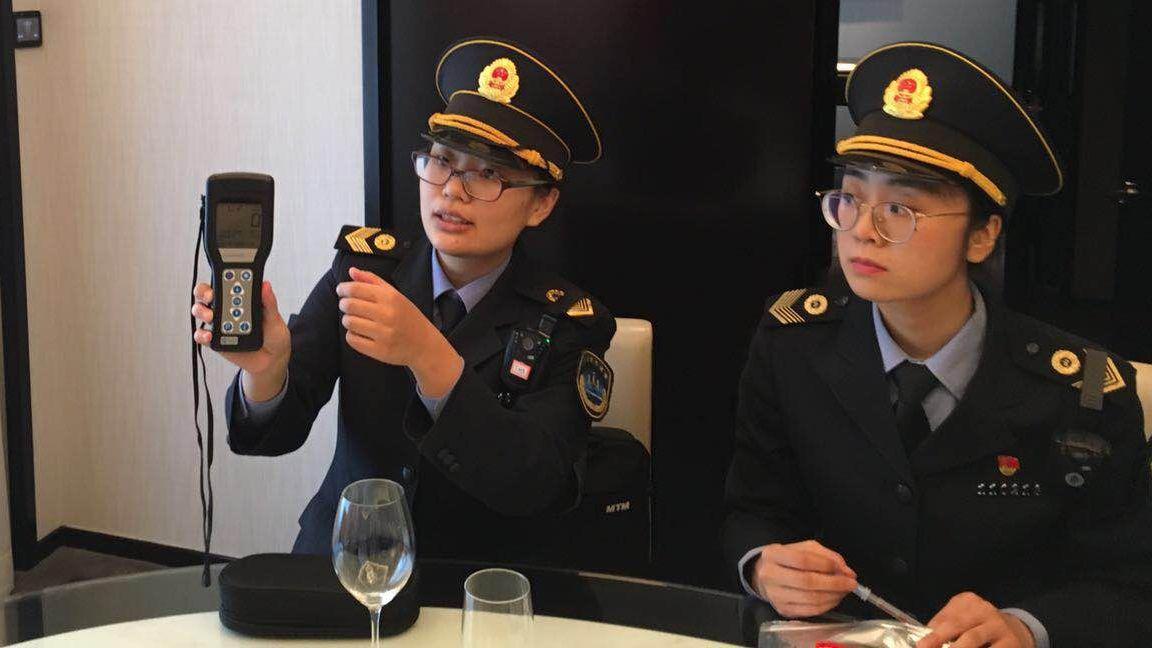 北京卫生监督部门调查五星酒店卫生乱象 现场取样检测