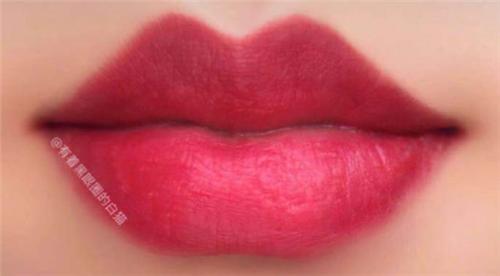 2019年最流行的3种唇妆画法都在这儿了