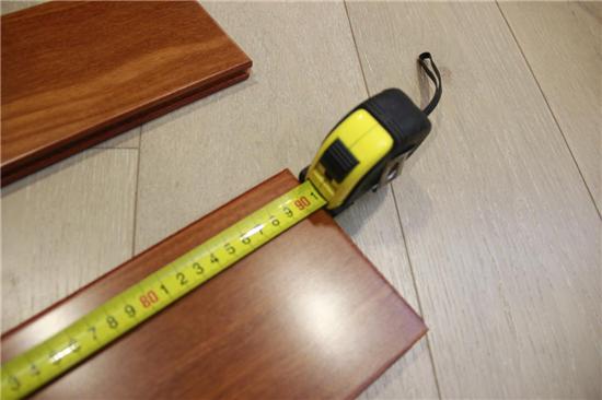 龙纹凤羽 祥瑞之木 安信二翅豆实木地板测评