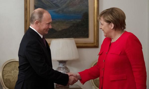 """普京与默克尔或展开""""诺曼底式""""磋商,乌克兰愿加入"""