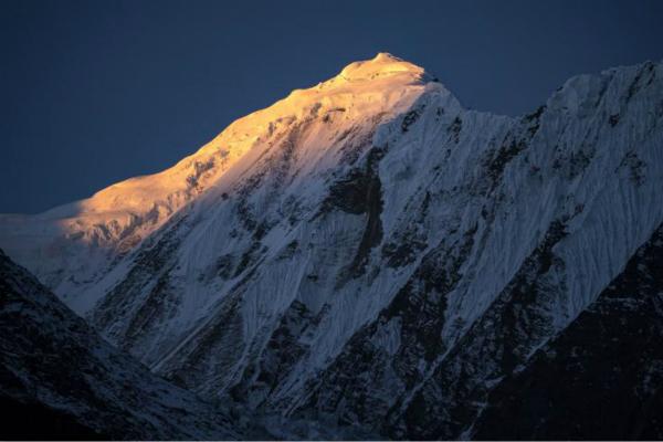 冰岛登山者在喜马拉雅山遇难 遗体30年后被找到