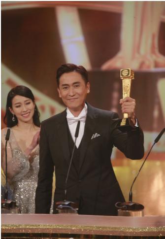 TVB颁奖!马德钟首夺视帝:原来这个世界真的有希望