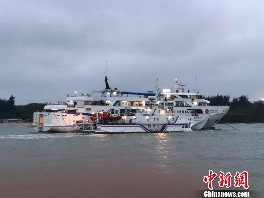 北海至涠洲岛航线暂停运客 搁浅事件涉事游客免票一年
