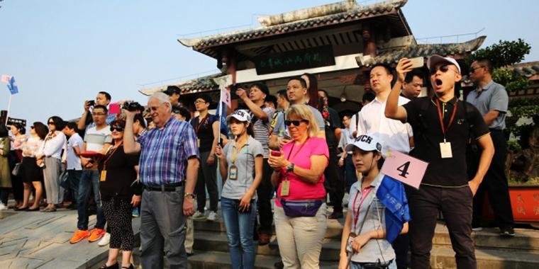 香山旅游峰会嘉宾走进奉节