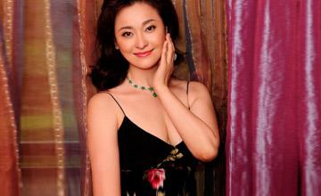 她和万梓良传绯闻,是最美杨贵妃,后来嫁给地产商