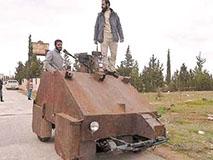 外国牛人打造手工装甲战车