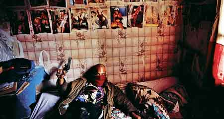 卧底摄影师实拍上世纪巴黎黑帮