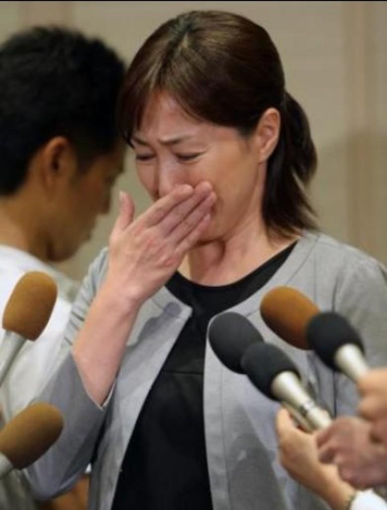 陈浩民夫妇又现身了,这次是要求航空公司向他们道歉