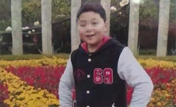 12岁男孩突然冲出教室跳楼身亡
