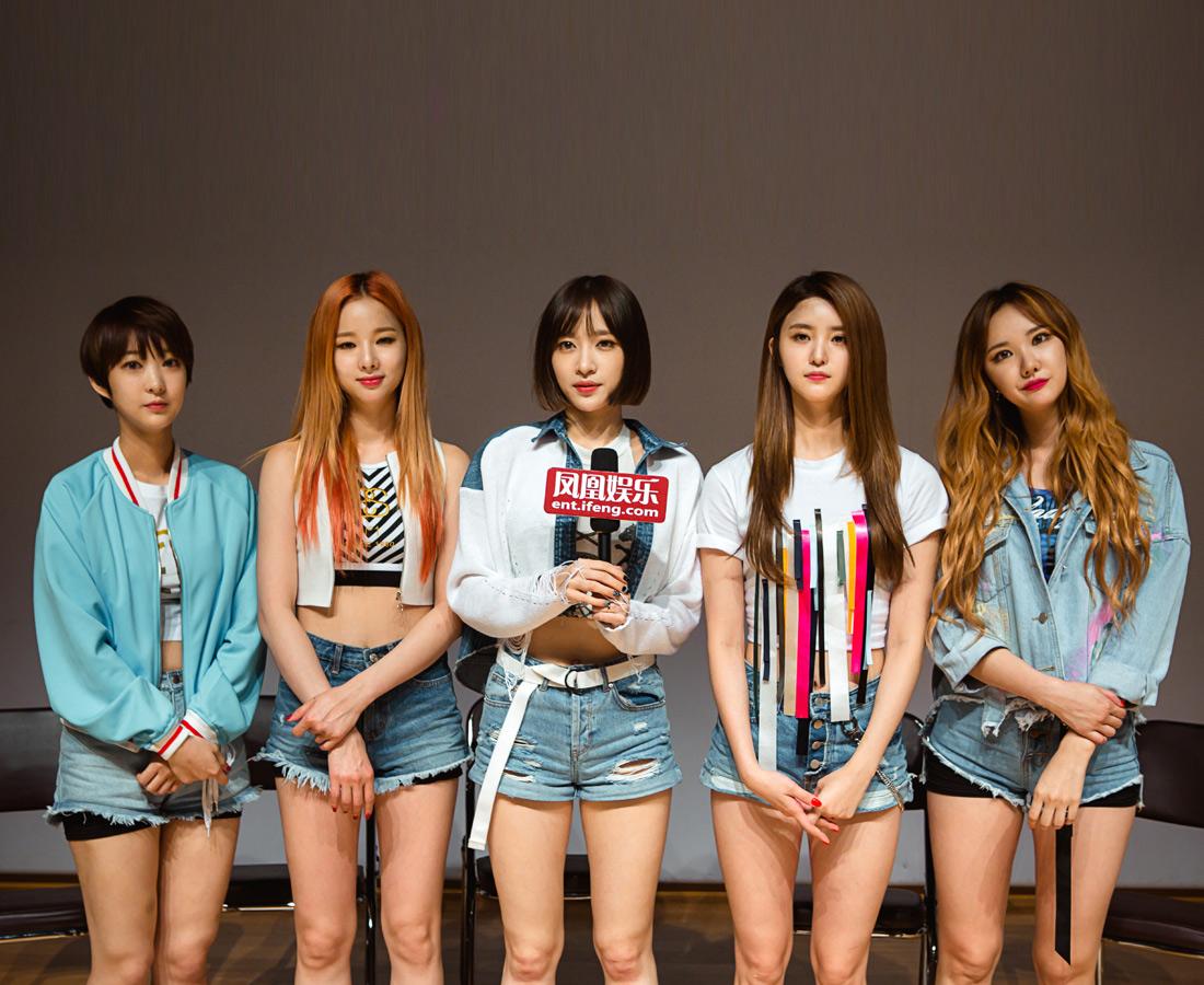 EXID的成功谁也没有预料到,出道三年无人认识,到逆袭成年度黑马女团,这中间的困难可想而知。她们这个女团所拥有的,并不只是性感的舞蹈,还有一路坚持努力和精神换来,未来路还很长,期待EXID成为韩国新一代女团代表。