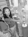 来广州塔西广场赏2530件经典玩具