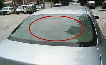 汽车后窗玻璃细线条有什么用?有些车主并不知道