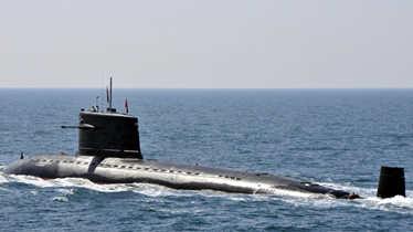 实拍中国核潜艇黄海演习 关键设备打马赛克