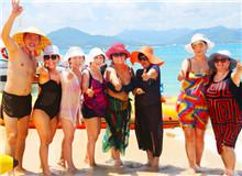 三亚西岛受到国际游客热捧