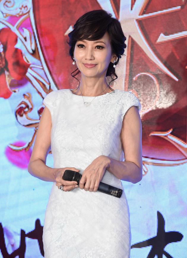 【星娱TV】赵雅芝称不想被优雅形象捆绑 上真人秀片酬非首要因素