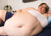 美腰围2.5米女子成名模(图)
