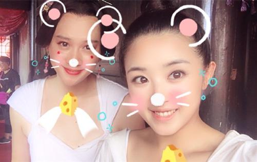 """【星娱TV】女明星也玩搞怪PS """"小机灵""""张含韵技能满点"""