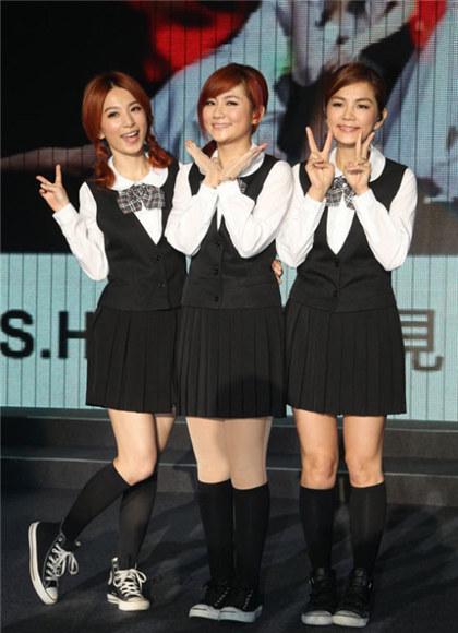 【星娱TV】S.H.E曝15年前出道团名!竟差点撞名电视台…