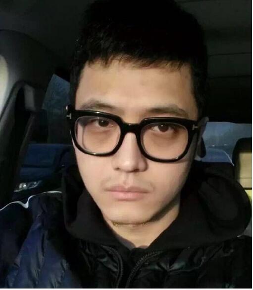 【星娱TV】宋喆是陈冠希粉丝,梦想豪车、迪奥等奢侈品