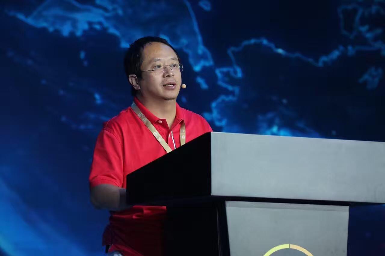 周鸿祎:政府曾建议360私有化 将转为内资公司