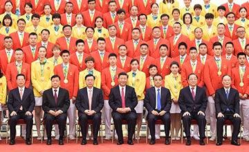 七常委会见奥运代表团 谁能站在总书记身后?