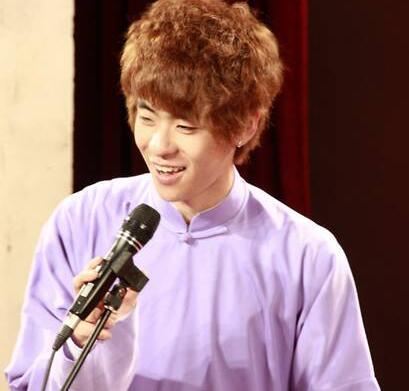 【星娱TV】德云社发布说明:张磊从南站二楼摔落 目前正在急救