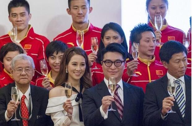 【星娱TV】李家诚夫妇款待奥运军团 徐子淇与吴敏霞热聊(图)