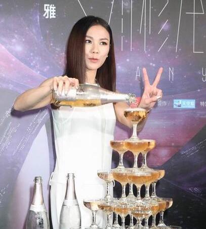 [爱八卦]41岁蔡健雅首度松口承认恋情:我觉得他很帅