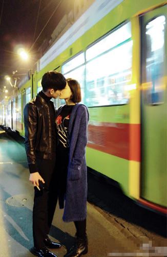喂食、拥抱、深吻!张翰探班古力娜扎破分手传闻