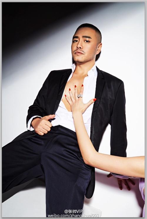 明星造型师张帅转行服装设计师 范冰冰捧场当模特图片
