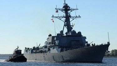 详解闯南海岛礁美舰:桅杆断裂在媒体前出丑