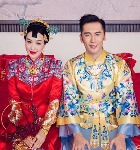 钟丽缇张伦硕婚礼进行时 两人甜蜜亲吻秀恩爱(图)