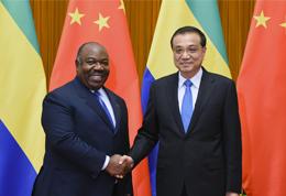 李克强会见加蓬总统邦戈