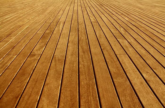 实木地板由天然木材直接烘干