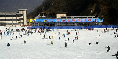 天龙池滑雪世界 品质滑雪值得信赖!