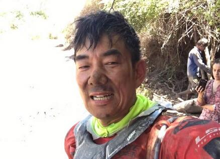 任贤齐赛车意外撞树 晒现场自拍视频:挺惨的