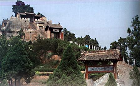 位于陕西省韩城市芝川镇的司马迁祠墓博物馆