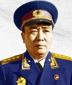 哪位开国大将曾做过毛泽东秘书向毛学习打仗