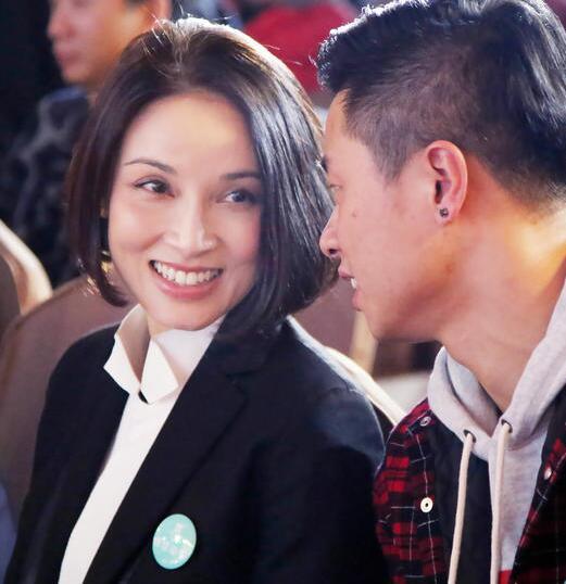 还记得《寻秦记》中的赵国公主吗?42岁的她依旧美丽