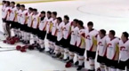 赢了比赛却没国歌 中国队清唱国歌全场动容
